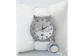Reloj caja redonda esfera blanca con zirconitas correa piel blanca